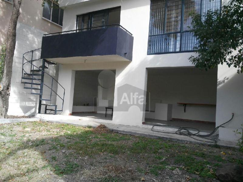 Casa en renta las brisas monterrey 4 habitaciones 15k for Casas en renta monterrey