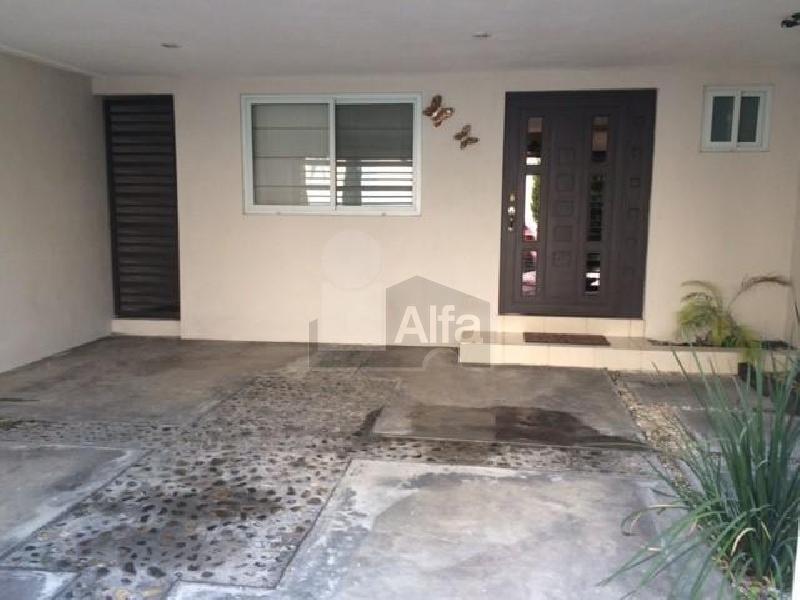 Casa en renta puerta de hierro monterrey 3 habitaciones for Renta de casas en monterrey
