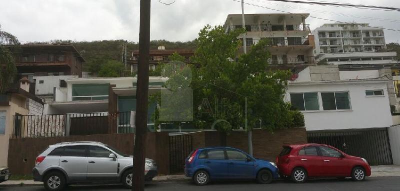 Casa en renta vista hermosa monterrey 4 habitaciones for Renta de casas en monterrey