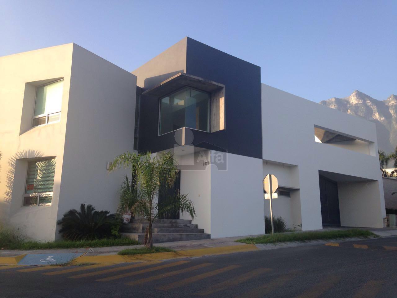 Casa en renta cumbres santa clara monterrey 3 for Casas en cumbres monterrey