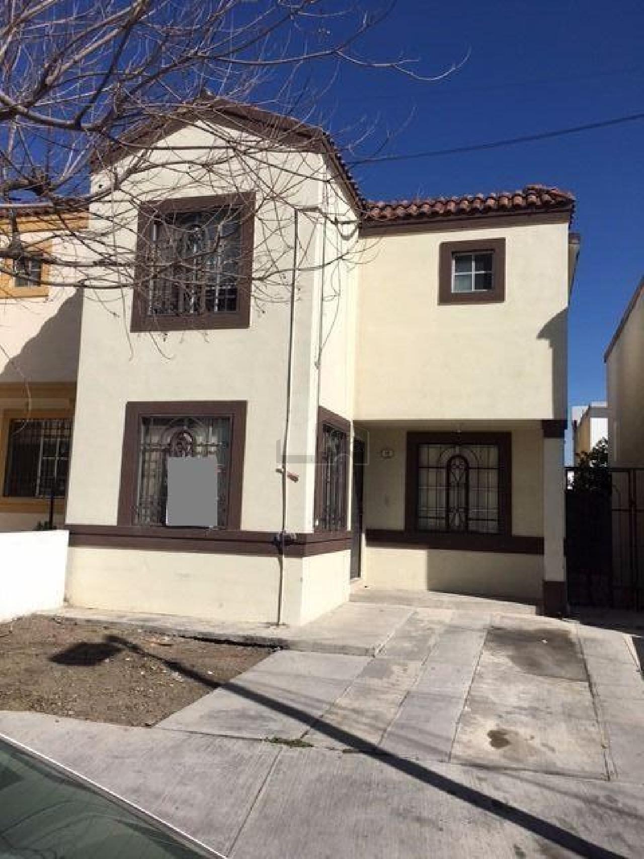 Casa en renta paseo de cumbres monterrey 3 habitaciones for Casas en renta monterrey