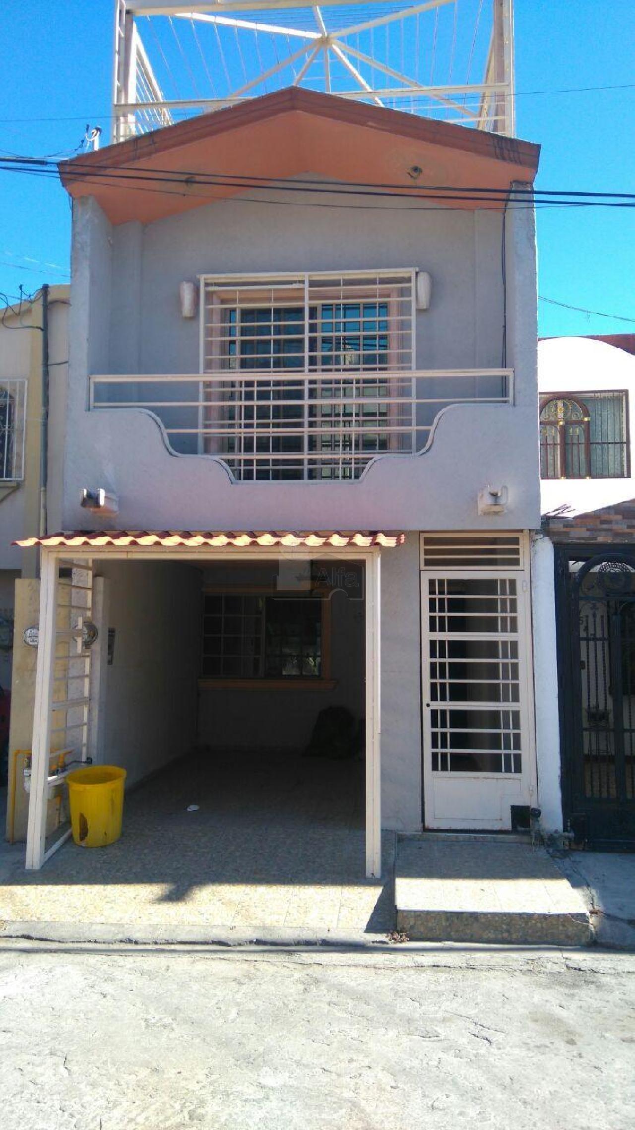 Casa en renta hacienda mitras monterrey 2 habitaciones for Casas de renta