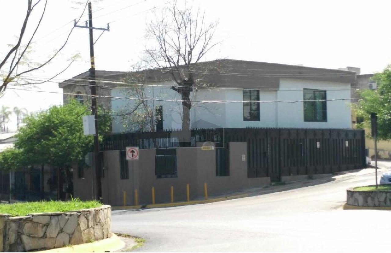Casa en renta del paseo residencial 3 sector monterrey for Casas en renta monterrey