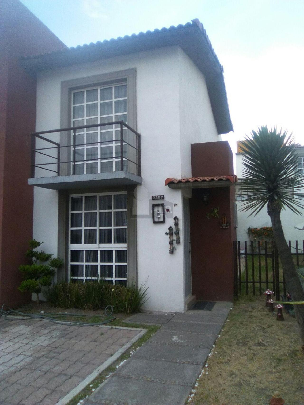 Casa en renta villas del campo calimaya 2 habitaciones for Villas del campo