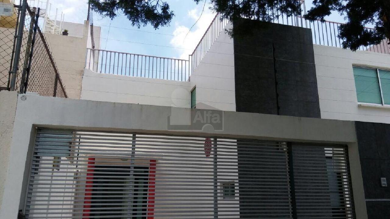 Casa en Renta en Ciudad Satelite, Naucalpan de Juárez