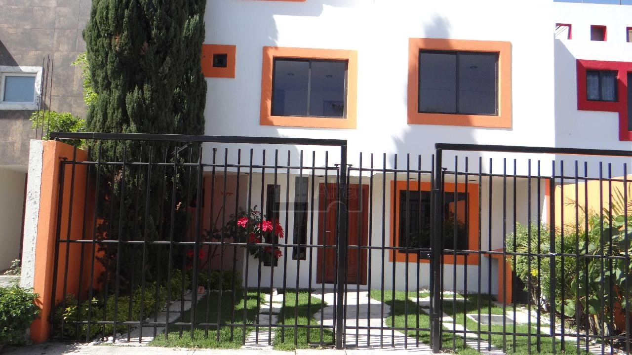 Casa en Renta en Fuentes Del Molino Sección Arboledas, Cuautlancingo